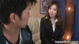 Aiko Hirose Japanese babe gives