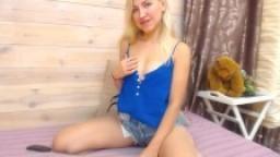 camsxn18iun13Beautiful Cam Girl Moaning In an Awesome Show True HD