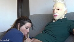 Sweetdollhot.I fuck an old man and I get all the cum out of him 10 min