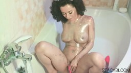 Brunette Play With Pussy Sex Toy And Orgasm 6 min